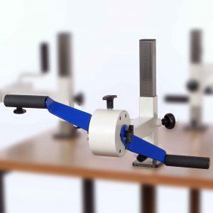 Plaudertisch Übungsgerät Drehorgel vor weißem Hintergrund