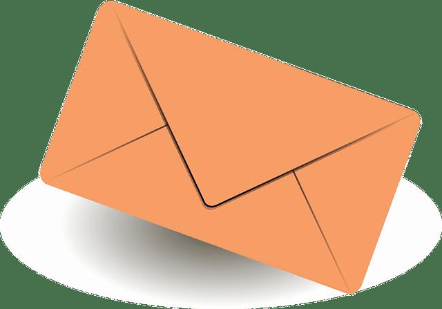 Orangener Briefumschlag